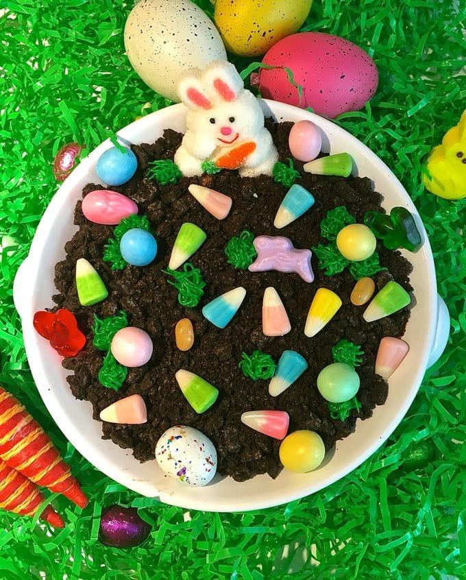 Easter Chocolate Cheesecake Dip