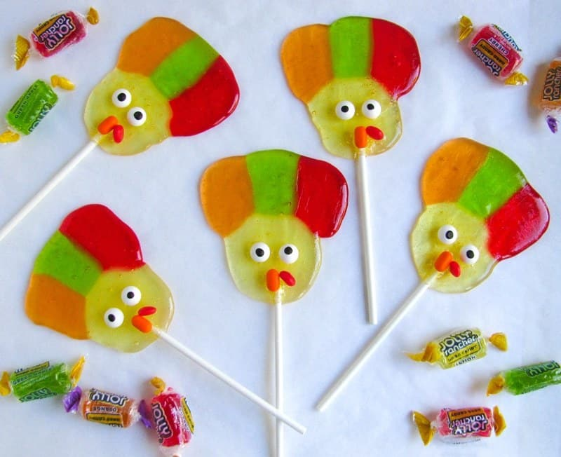 Turkey Suckers - A Cute Thanksgiving Dessert Recipe