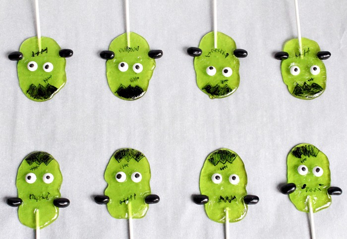 Your adorable Frankenstein Suckers are now ready to serve