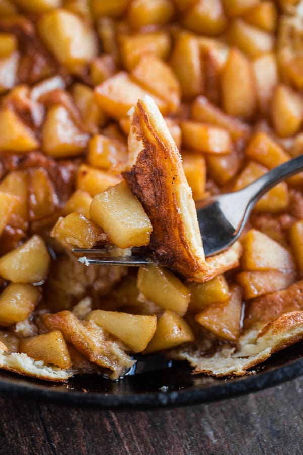 Souffle Pancake with Cinnamon Apples