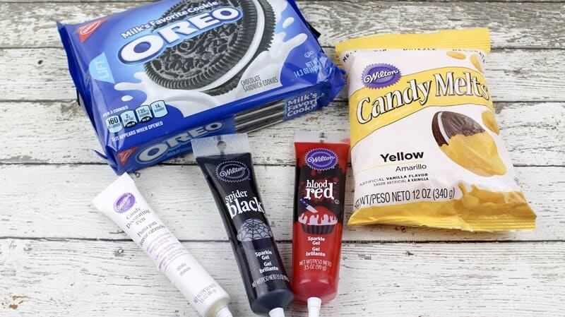 Heart Eyes Emoji Valentine Oreos Ingredients
