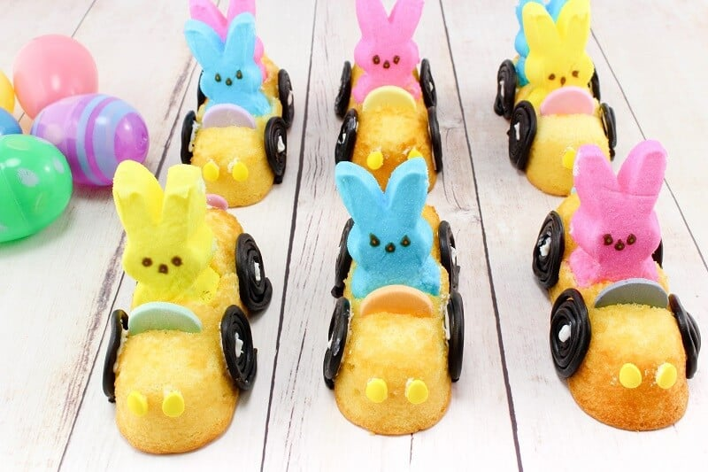 DIY Edible Easter Peeps Mobiles