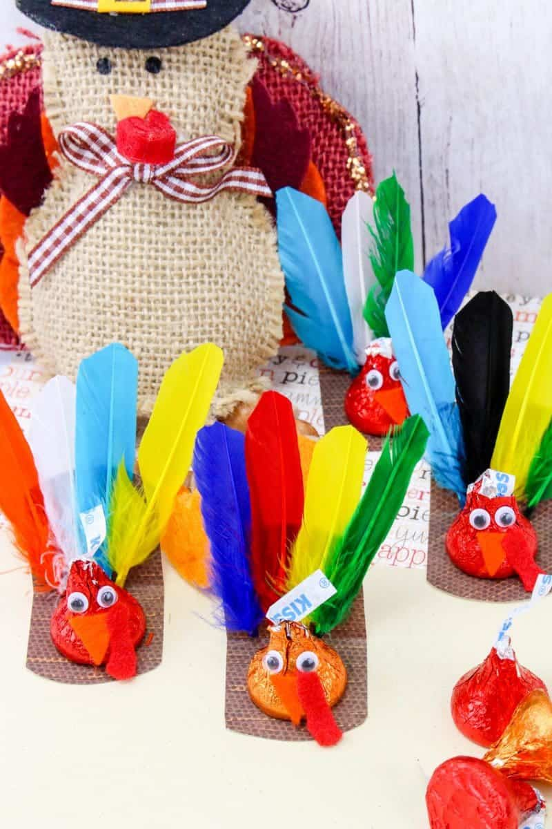 Are you looking for a fun Thanksgiving craft for your kids? This Chocolate Kiss Turkey Thanksgiving Craft is fun and easy to make. The kids will love them! After all, what is better than a craft that includes candy?