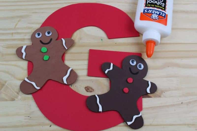 This letter G is for gingerbread craft with printable template is part of our letter of the week craft series, designed to foster letter recognition in toddlers and preschoolers.