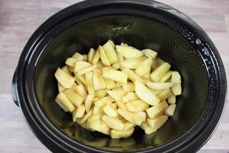 If you love apples, try this delicious homemade crockpot apple butter recipe. You're going to love how good it tastes on your favorite breakfast bread!