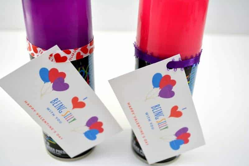 Are you looking for really cutekids valentines ideas for your little ones? Or, maybe you want a cute Valentine for your kids to give to their classmates? Either way, this is such an incredibly cute DIY valentine. And it doesn't hurt that it is an inexpensive Valentine as well!