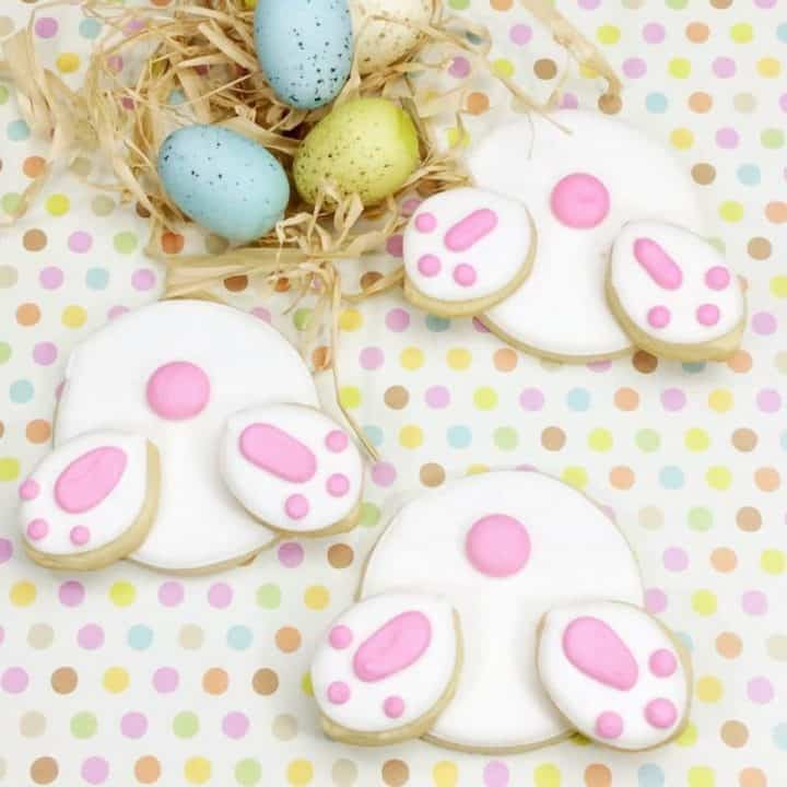 Adorable Easter Bunny butt cookies make a super cute Easter dessert treat for the little ones. Make these fun Easter cookies with this from scratch recipe or buy sugar cookie dough and icing to save some time!