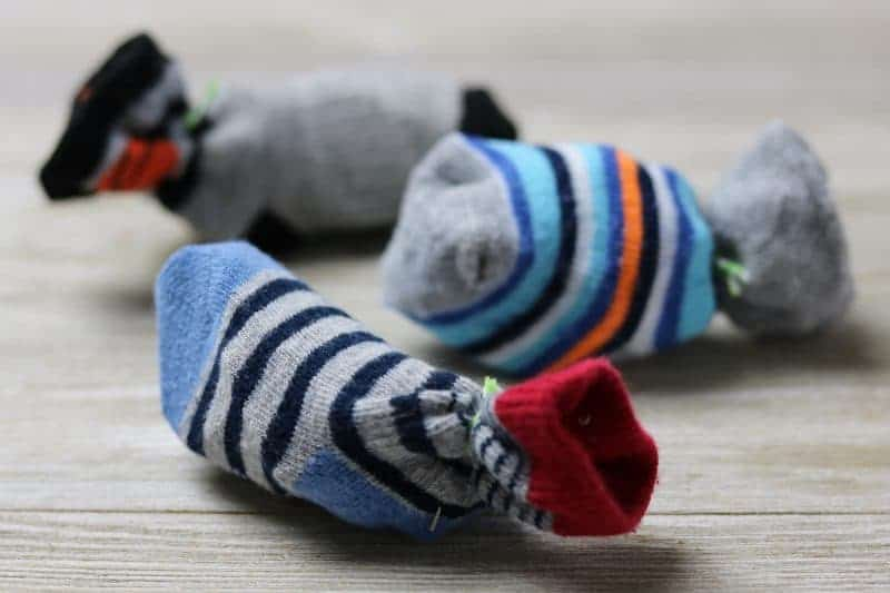 I will show you how to make cat toys using old baby socks. These homemade cat toys are easy to make and perfect for using at home or donating at animal shelters for the cats to enjoy.