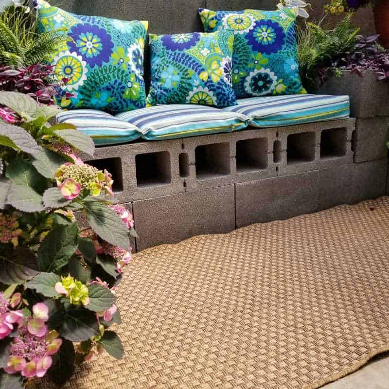 Looking for some backyard inspiration?! Check out these four awesome DIY backyard projects that you can start this weekend.