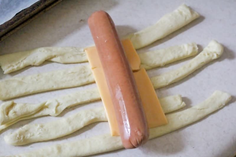 You can make these hot dog mummies with or without cheese.