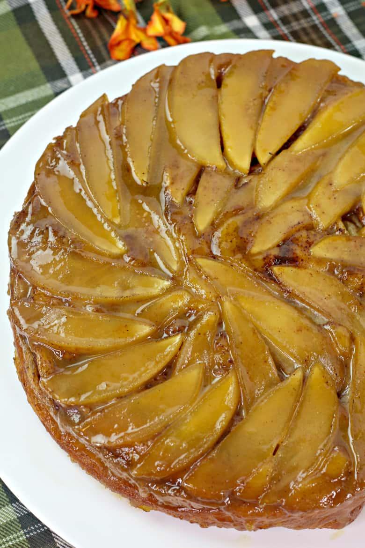 Cinnamon Roll Apple Upside Down Cake