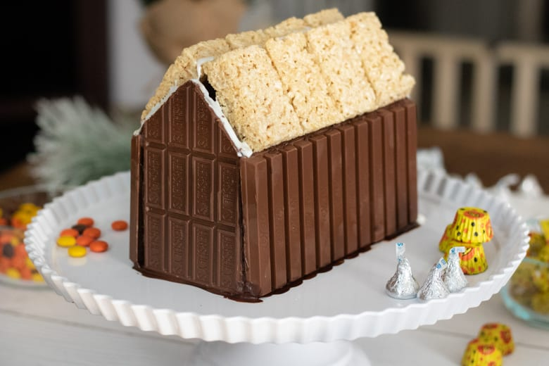 How to Make a Candy Cabin