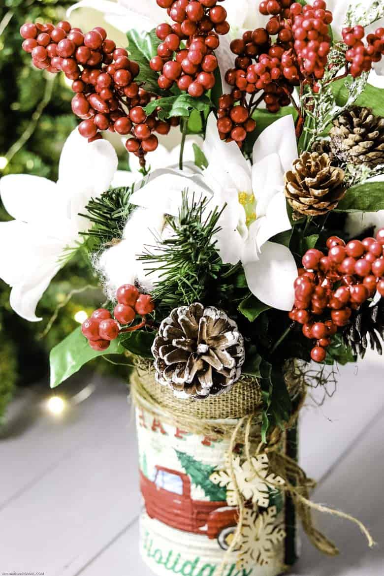 Rustic Farmhouse Floral Can Craft for Christmas