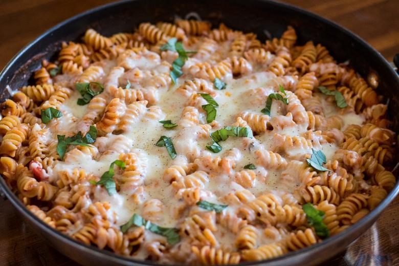Easy cheesy one pot pasta
