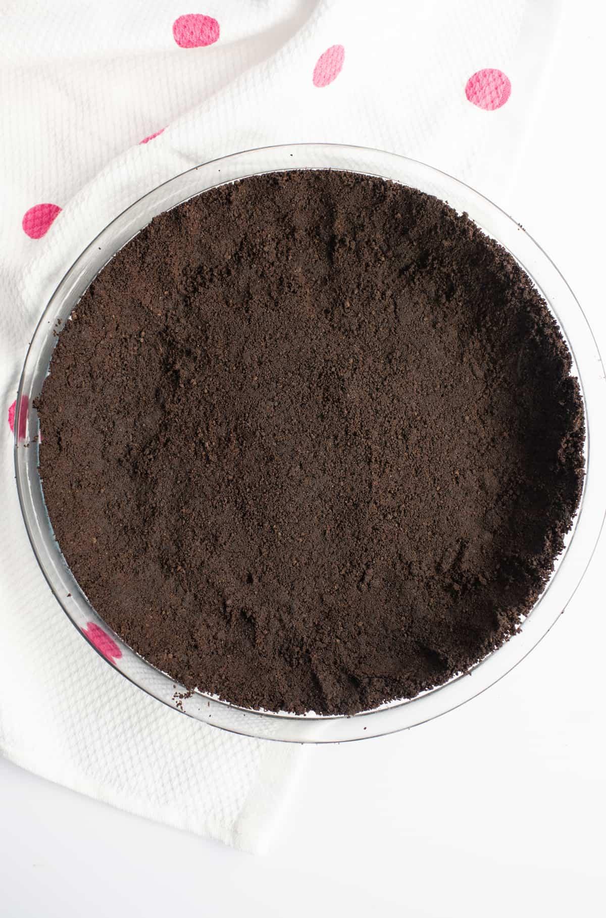 chocolate graham cracker crust pressed into glass pie plate